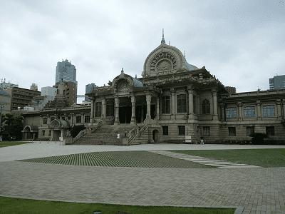 築地本願寺の本堂全景