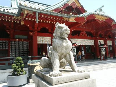 神田神社の狛犬(左)