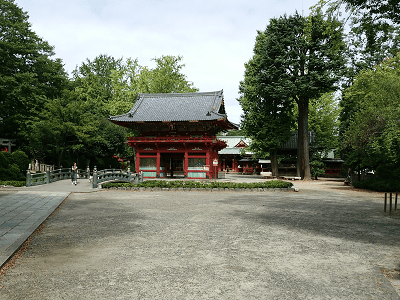 根津神社の神橋、楼門