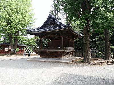 根津神社の舞殿