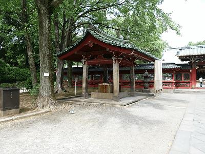 根津神社の手水舎