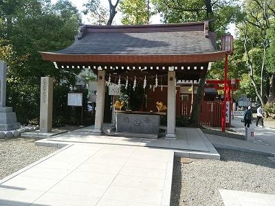 富岡八幡宮の手水舎