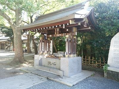 王子神社の手水舎